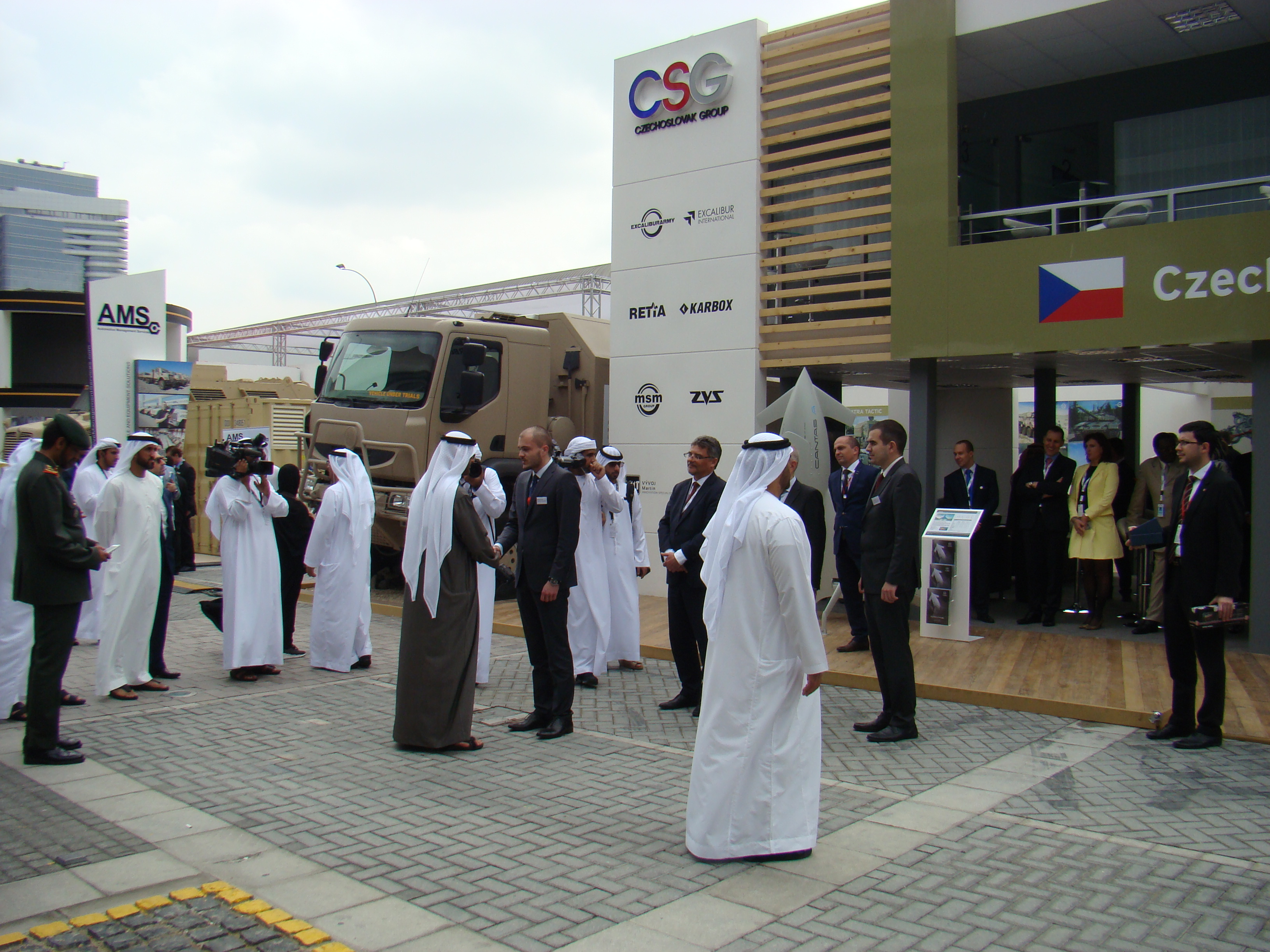 Crown Prince Mohammed Al Nahyan visits the expositions of CZECHOSLOVAK GROUP and TATRA TRUCKS at IDEX 2017
